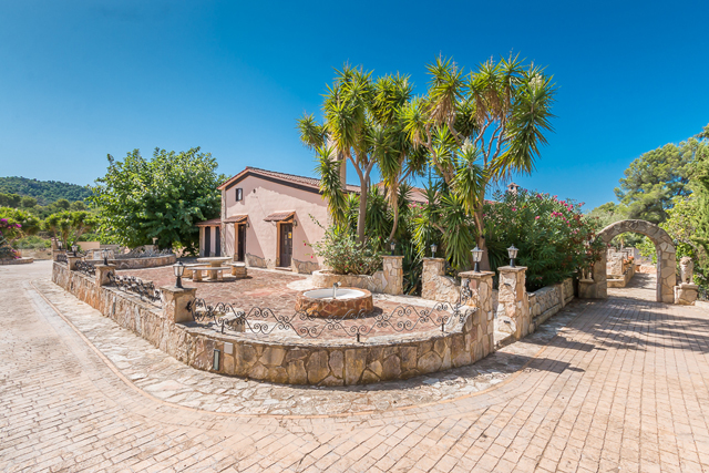 More on our Houses for Sale in Calvia, South West Mallorca, Mallorca, Spain